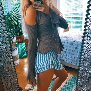Taupe Frilled Cold Shoulder Knit Sweater 🌿